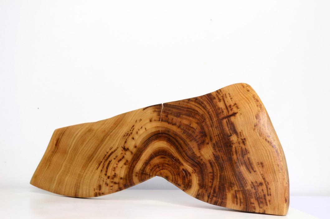 objet de décoration en bois nature